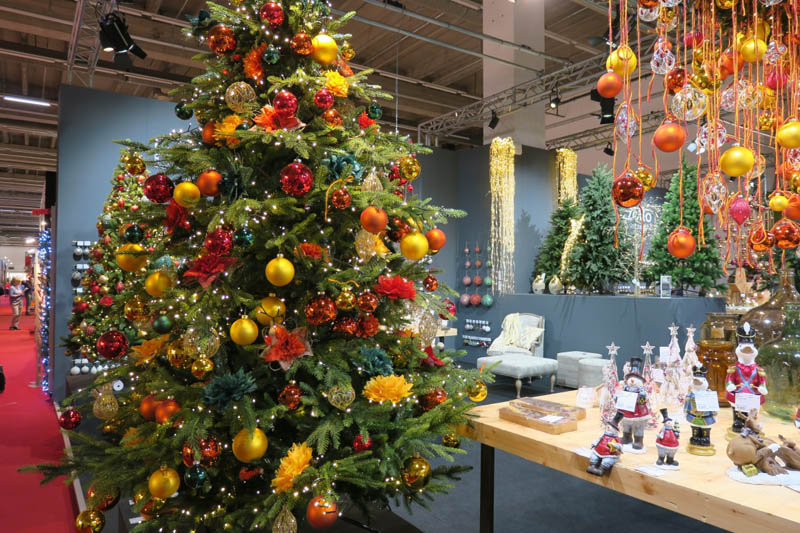 Weihnachtsdeko Für Gastronomie.Farbenfröhliche Schaufenster Tipps Für Die Weihnachtsdeko Teil 1